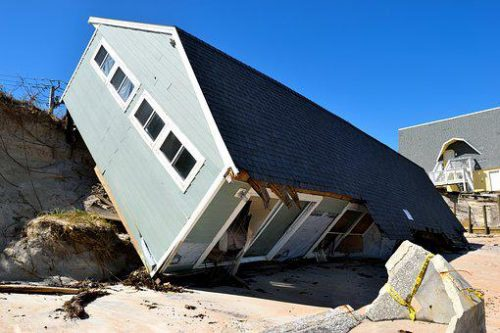 House wrecked by earthquake