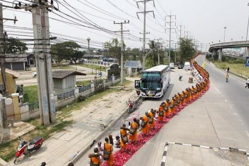 long line of buddhist monks