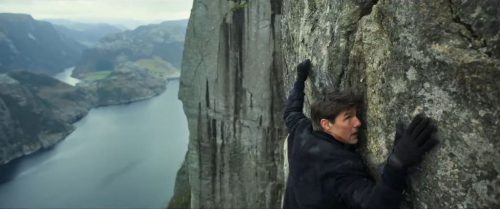 Tom Cruise Cliff hanging in Mission Impossible