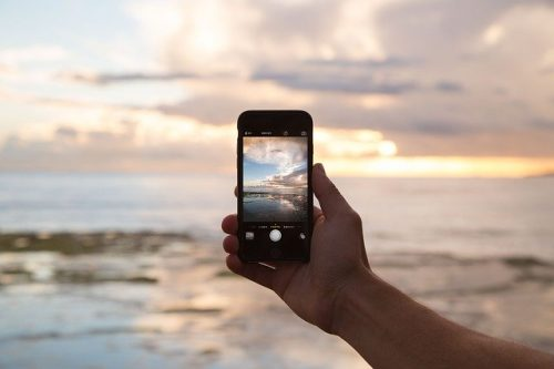 Cell Phone recording the ocean