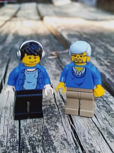 Mentor and disciple Lego men.